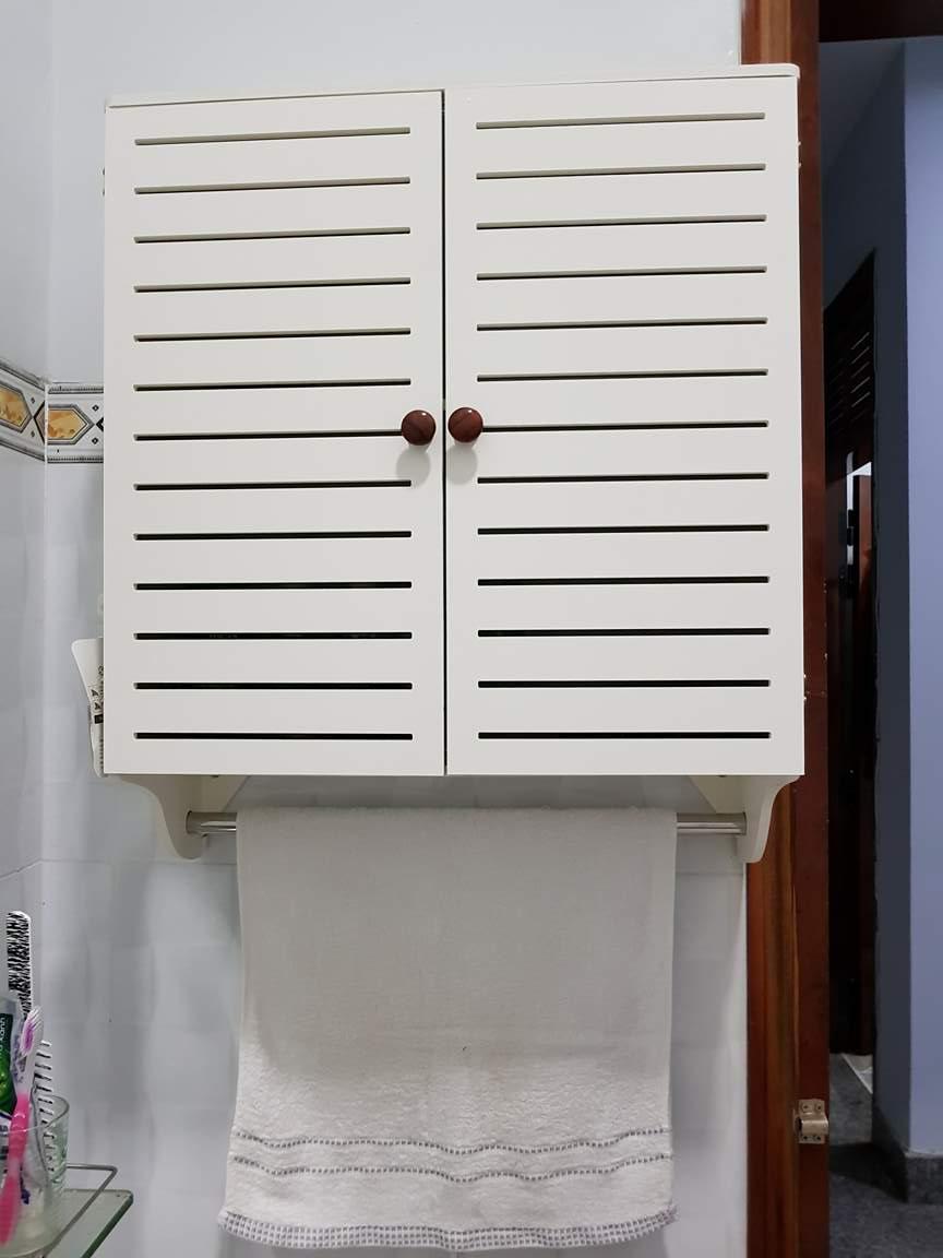 Tủ treo nhà tắm thanh lịch 2